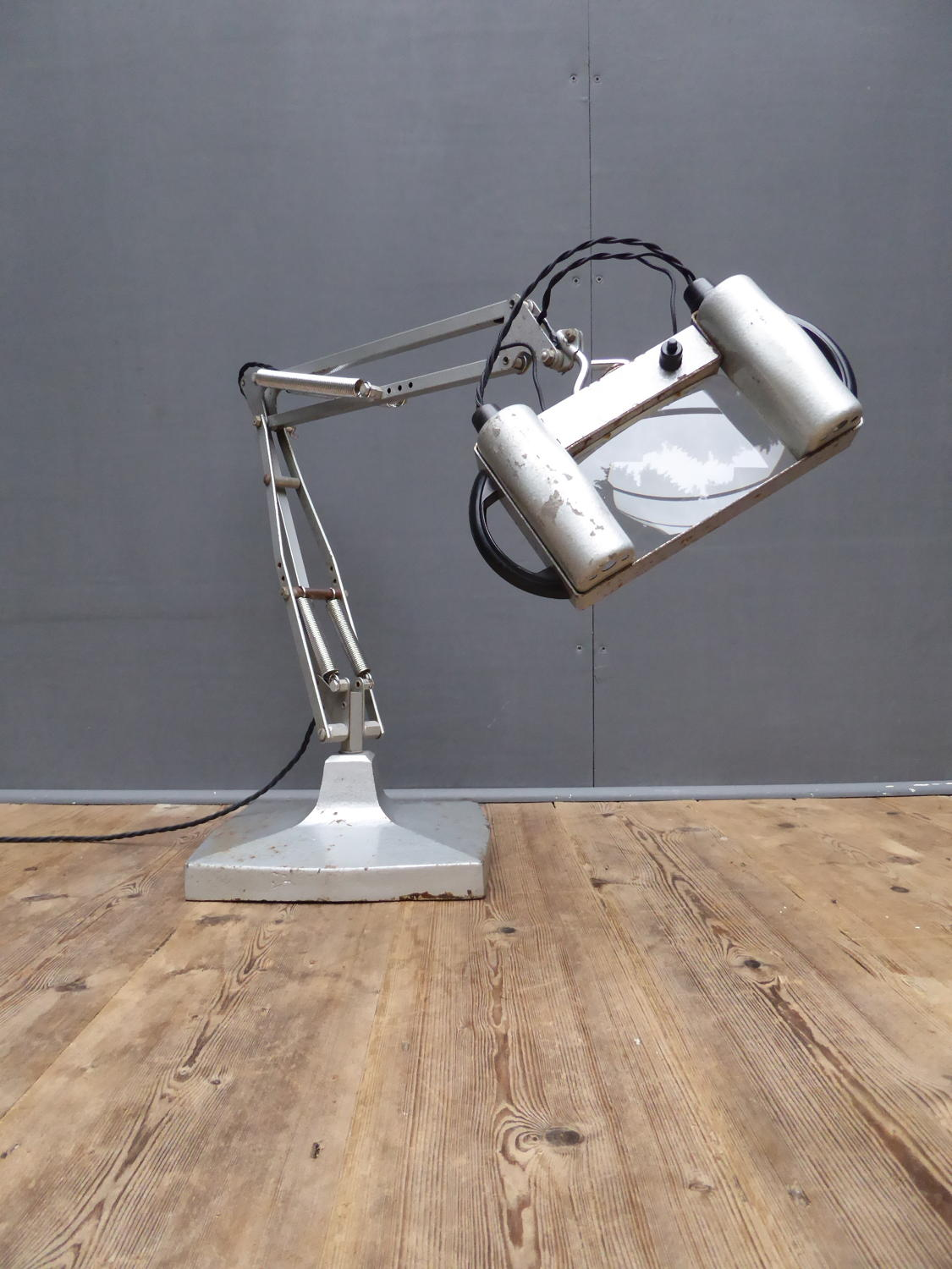 Herbert Terry Anglepoise 1431 Magnifying Lamp