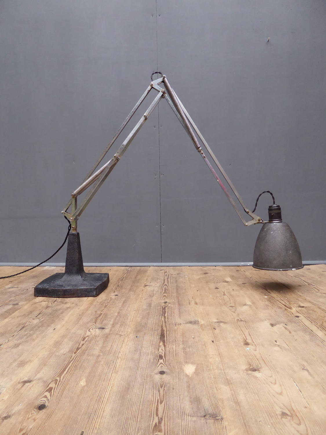 First Generation Anglepoise '1208' Lamp