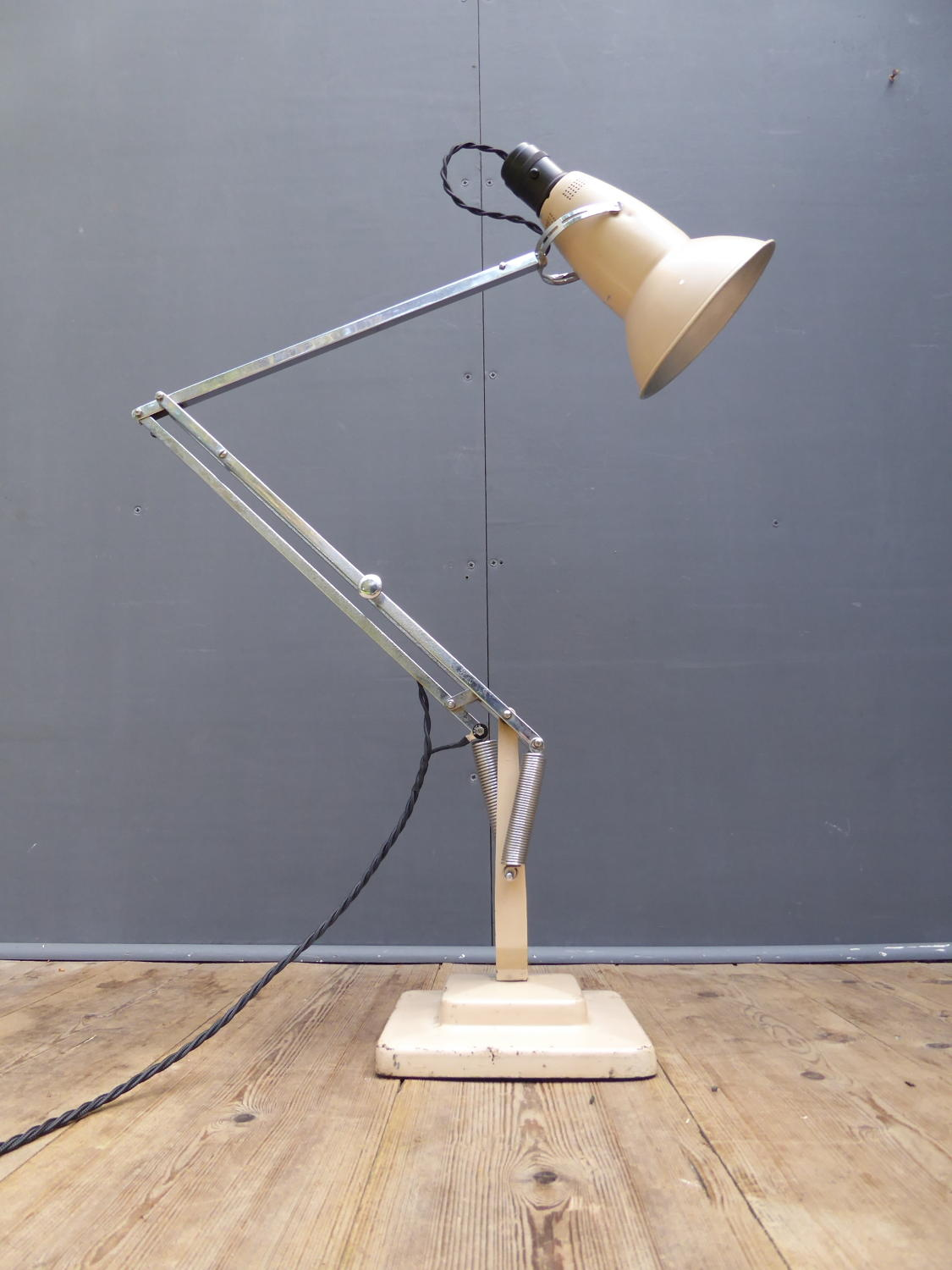 Early Anglepoise 1227 Lamp