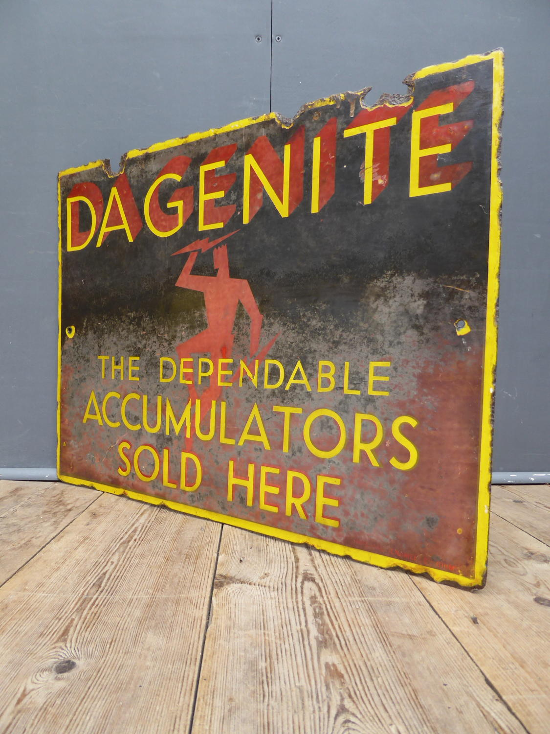 Dagenite Accumulators Enamel Sign
