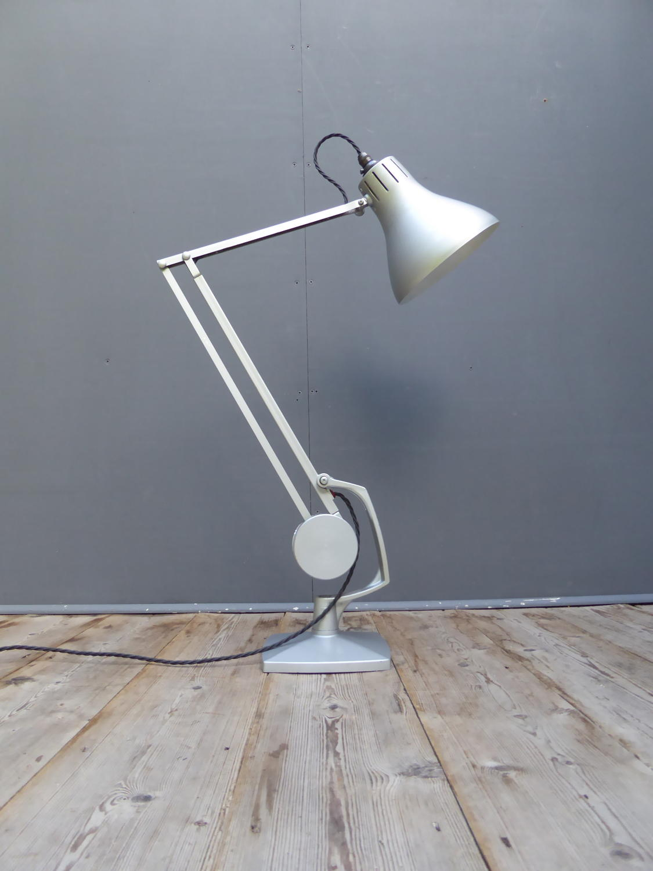 Horstman Counterbalance Desk Lamp