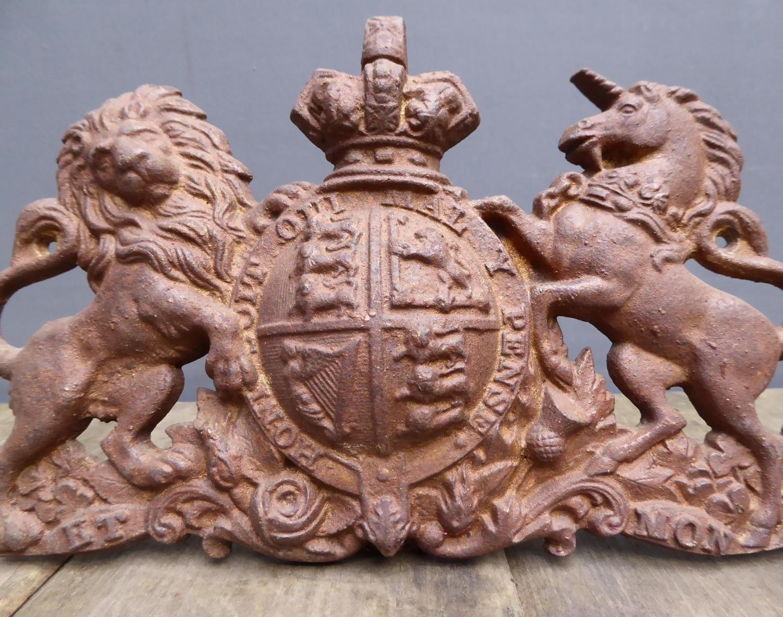 Cast Iron Armorial Crest