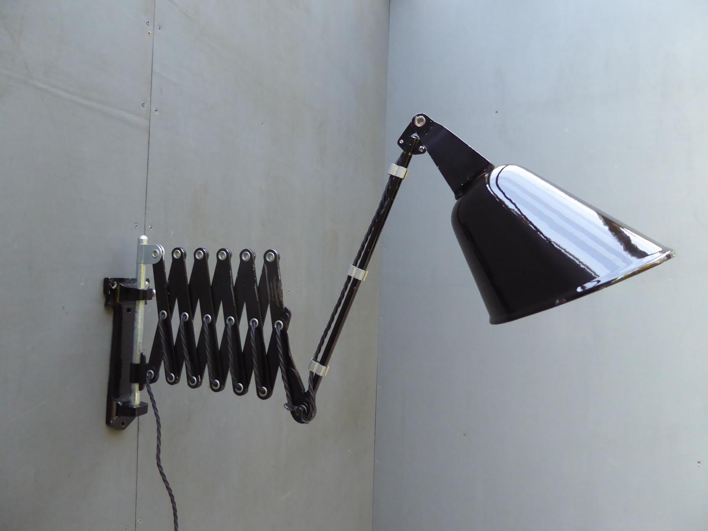 Walligraph 'Radialite' Scissor Lamp