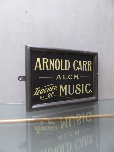 Teacher Of Music ~ Gilt Glass Sign