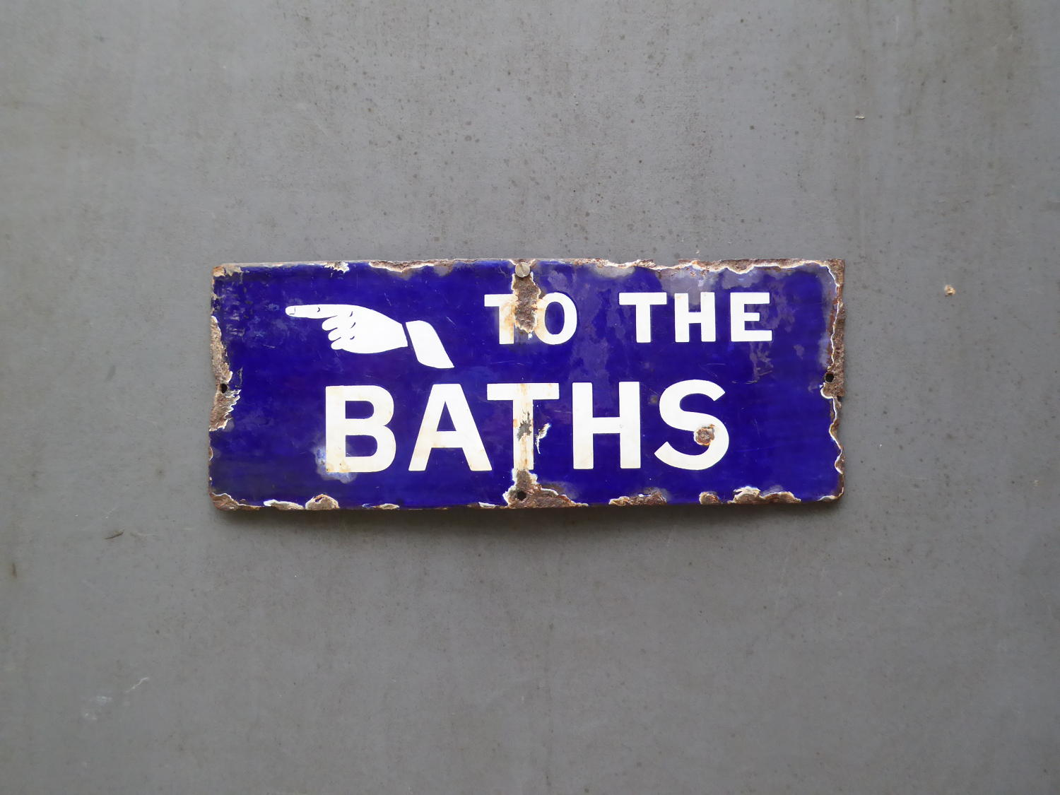 'To The Baths'