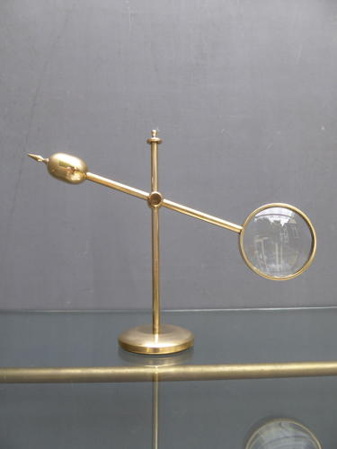 Counterbalance Jewellers Lens