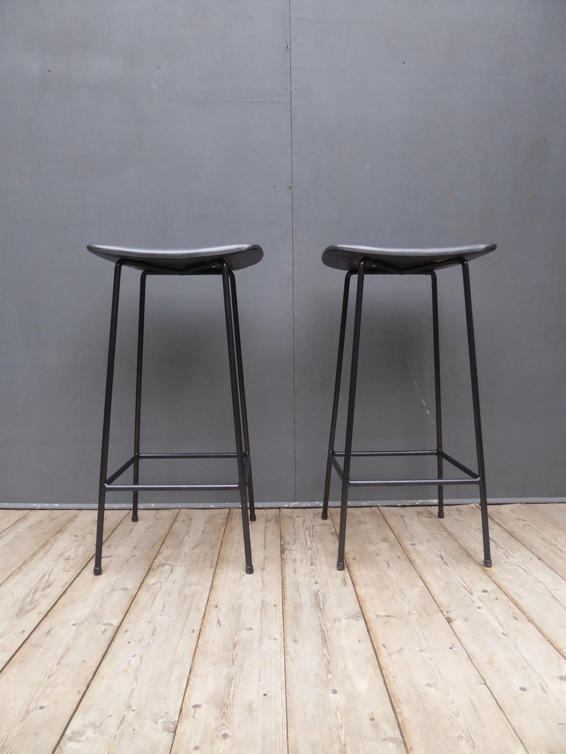 Kandya Bar Stools By Frank Guille