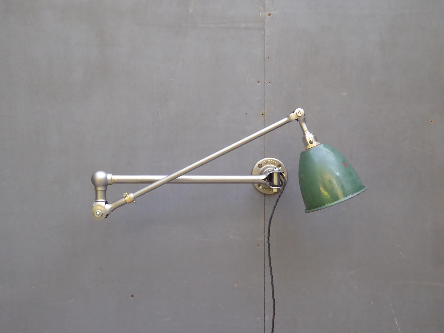 Dugdills Wall Lamp