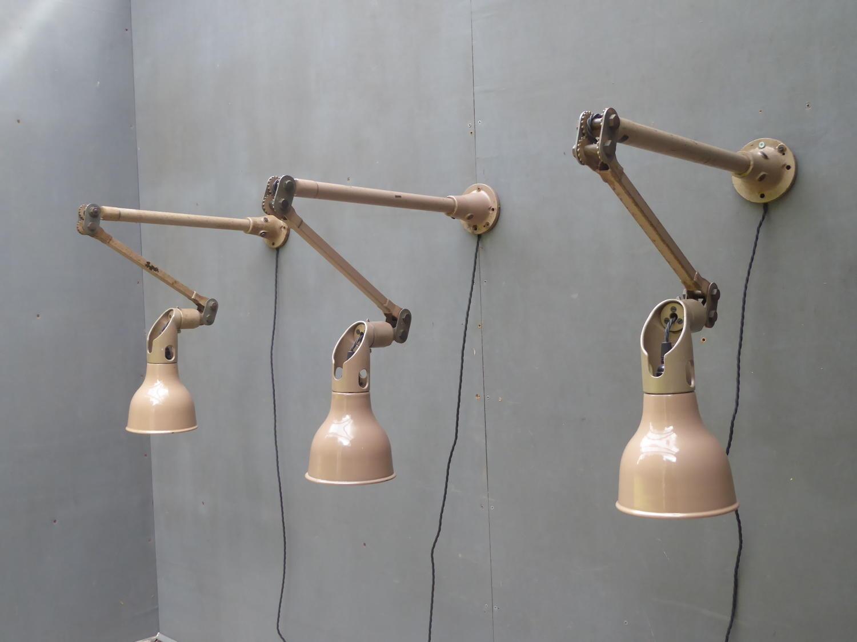 Taupe Mek Elek Lamp