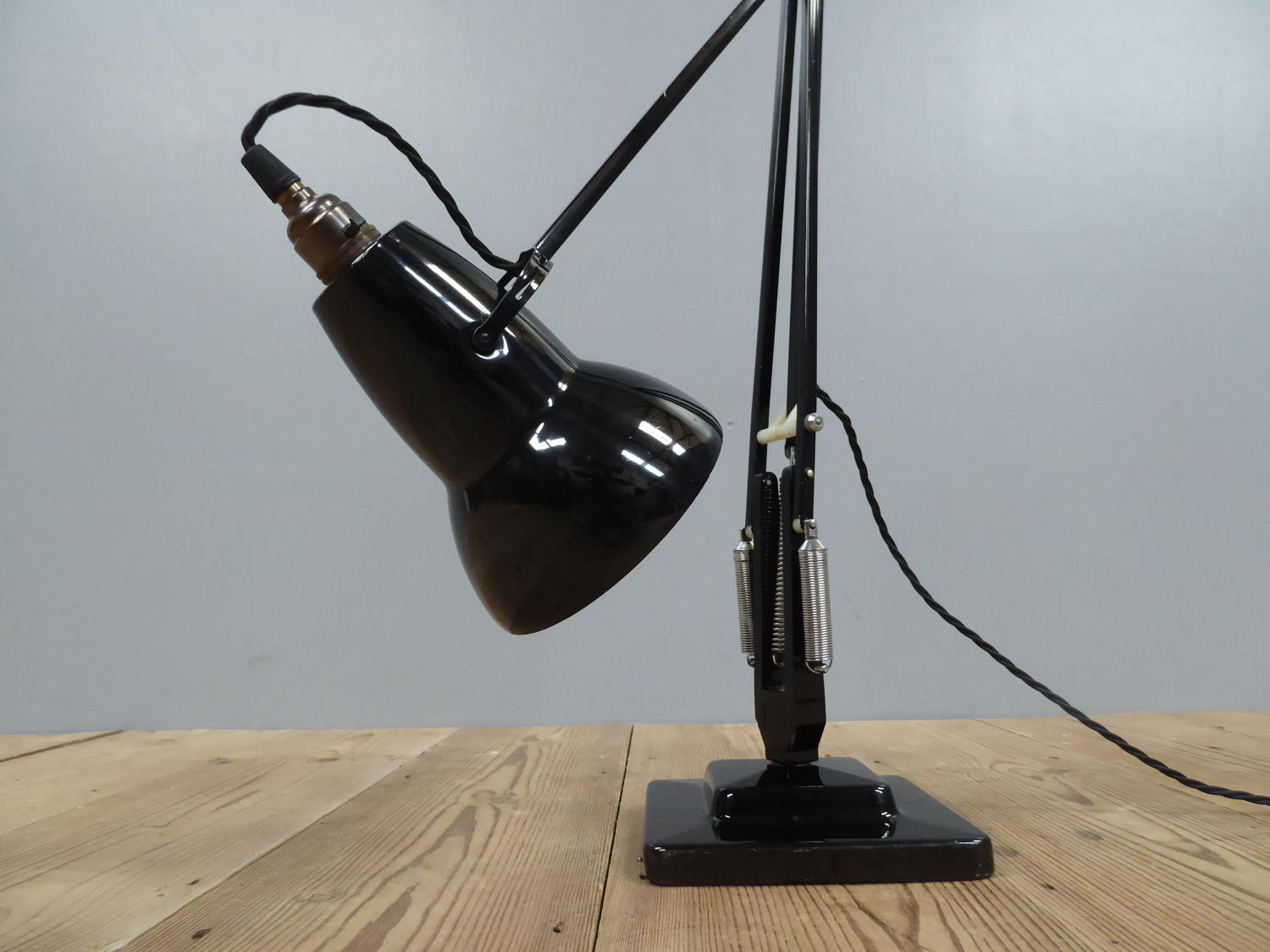 Exceptional Black Anglepoise Lamp