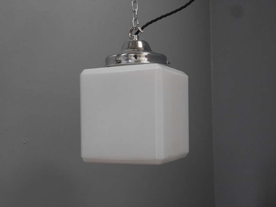 Small Opaline Cube Light