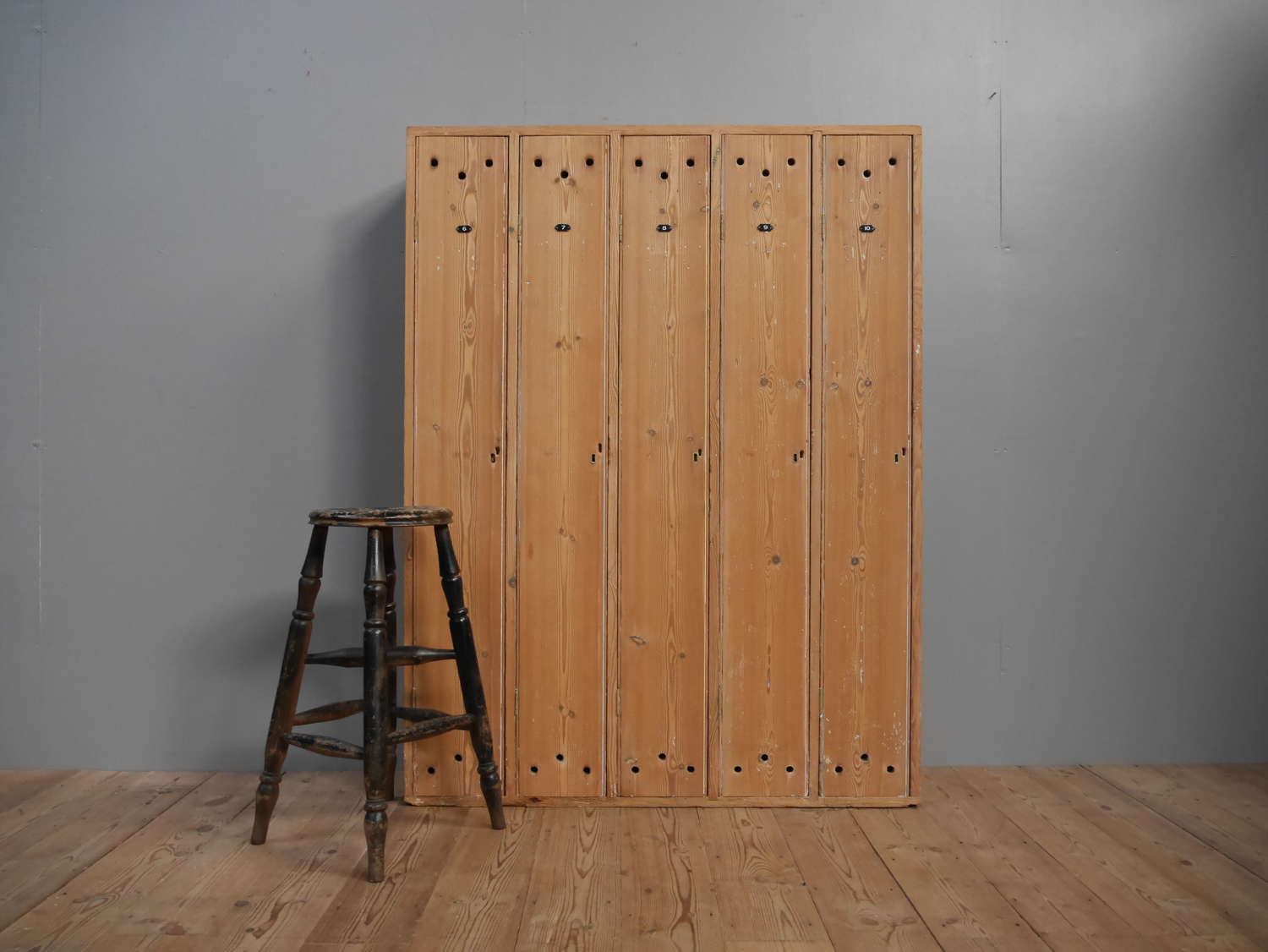 Victorian Pine Golf Club Lockers