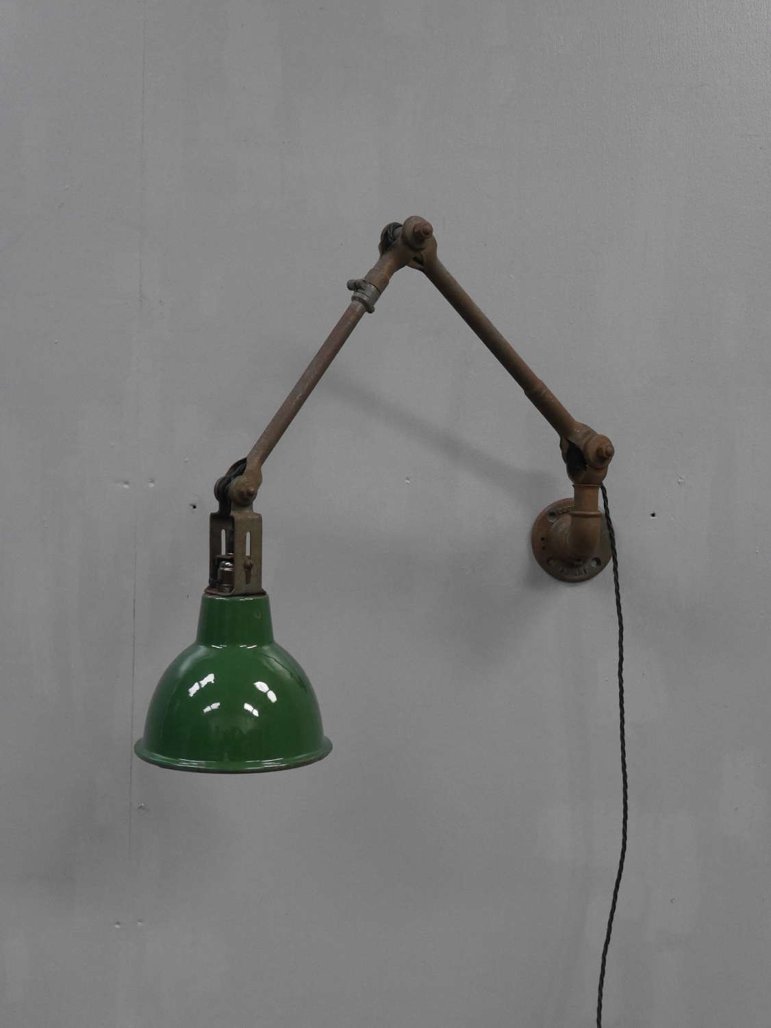 Dugdills Machinist Lamp
